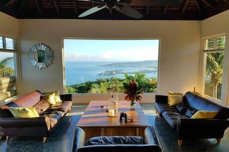 Luxury 2 BR Apartment 950ft Balcony Sea/Mt View's