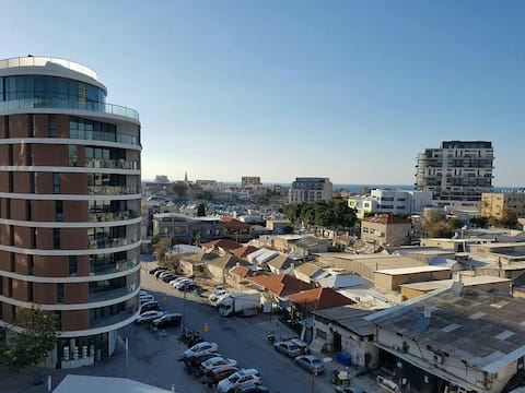 1 Bedroom Apt with Balcony close to Tel-Aviv Beach
