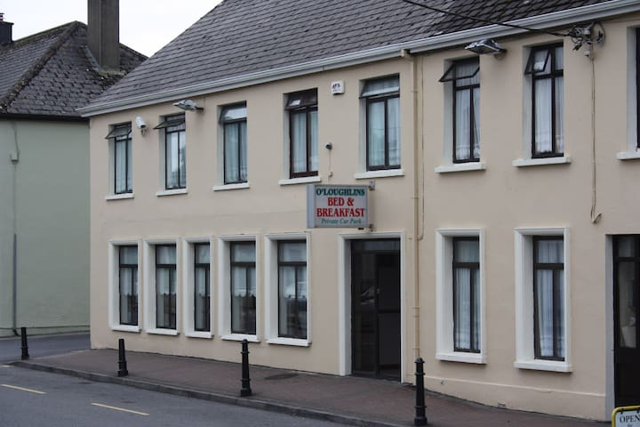 O'Loughlins B&B Lisdoonvarna single room 1