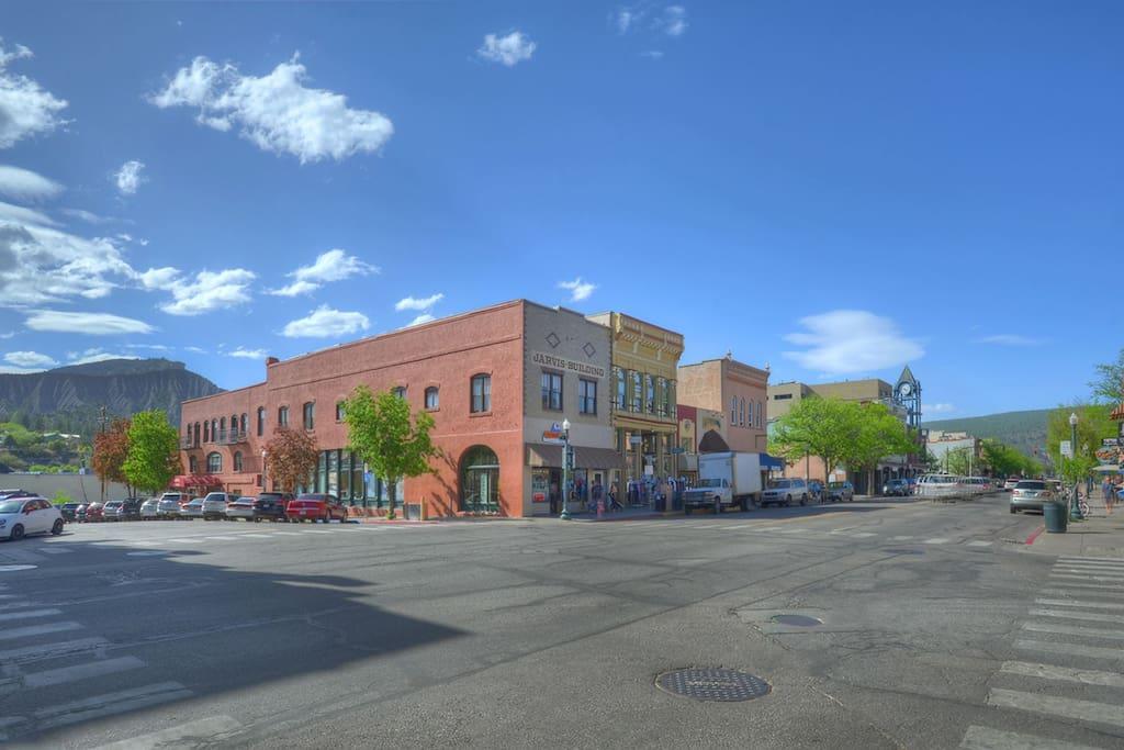 Durango Colorado vacation rental condo on downtown Historic Main Avenue