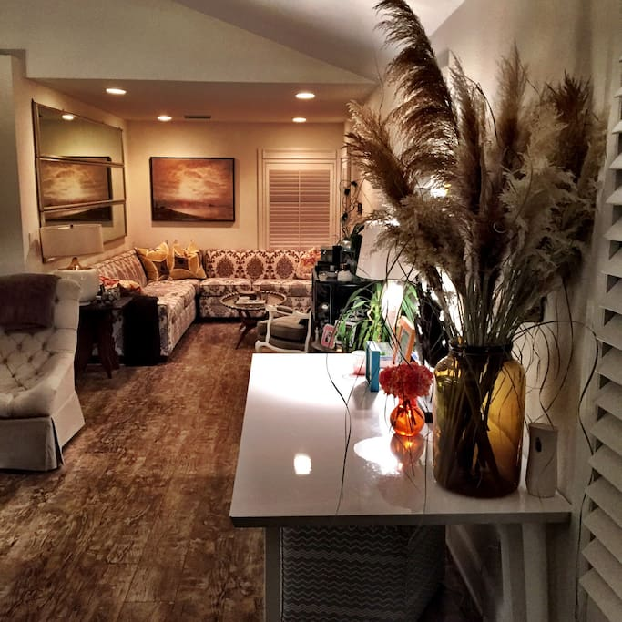 Open concept living & dining room with lots of custom touches for your comfort
