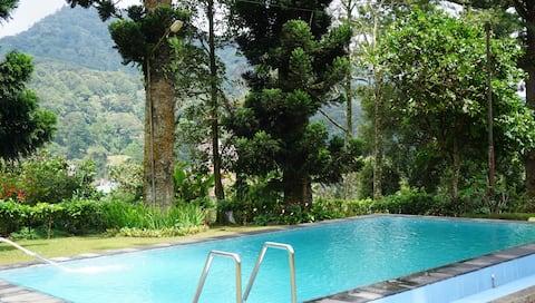 Villa Puri Adinda, Ciloto, Puncak