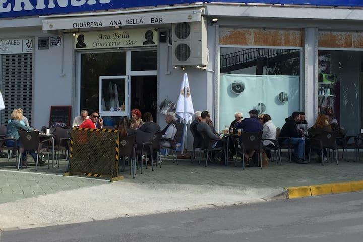 Coffe shop/Cafetería