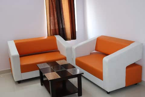 Prime Choice Studio Flat with Kitchen @ Airport