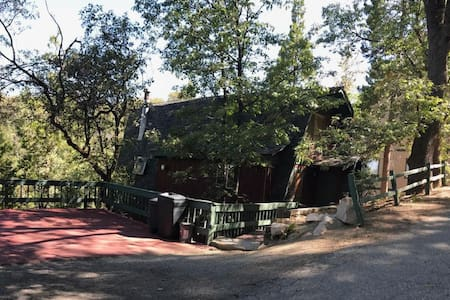 Lake Arrowhead Cabin Retreat