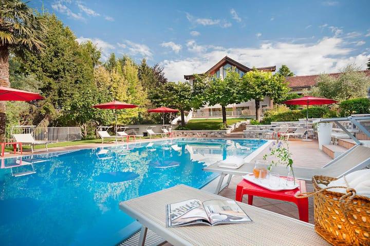 Aeolus Ferienwohnung mit Pool