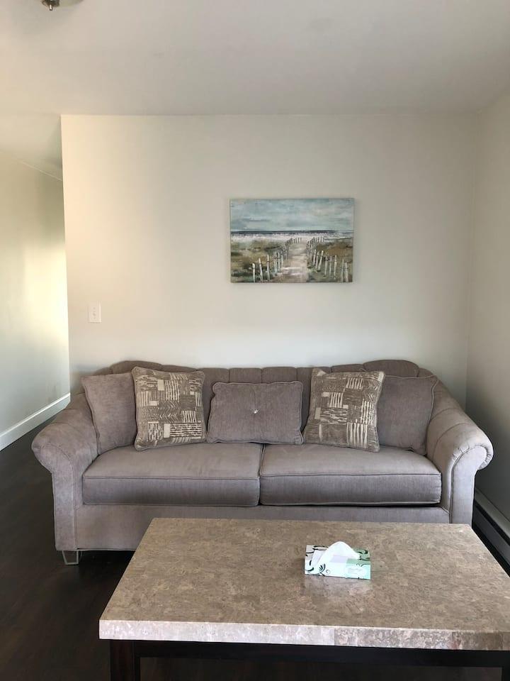 #17.One bedroom Hampton Beach, perfect location!