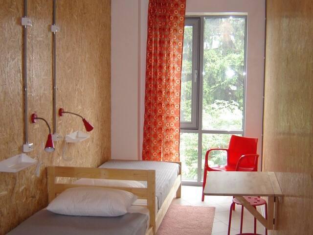 Twin-bed room. Hostel Katyusha Travel Center