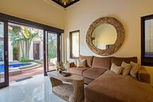 Open close Living room