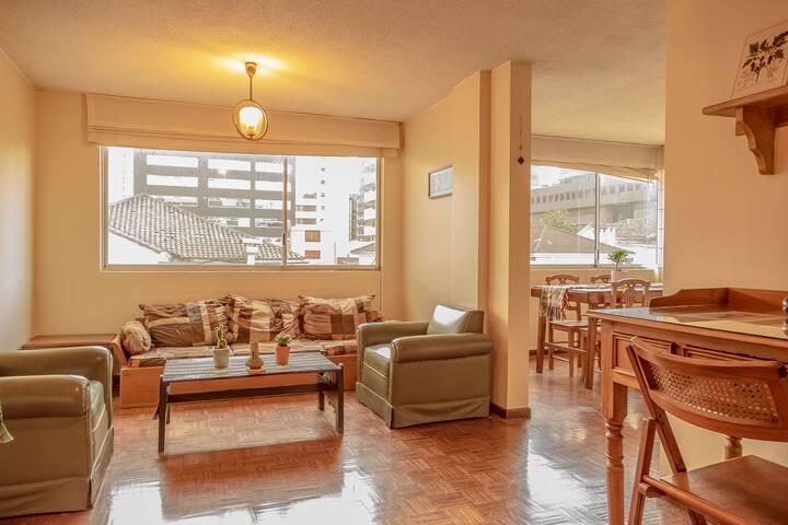 Bright apartment in La Floresta