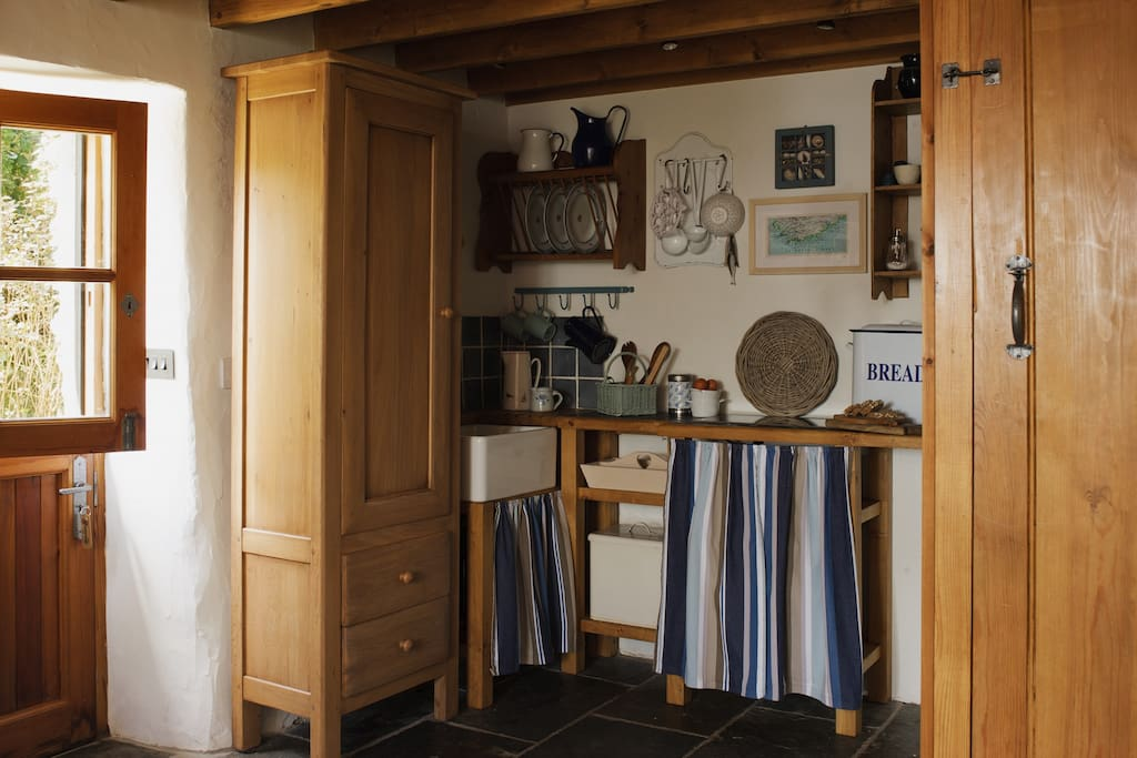 The Studio - small well-equipped kitchen with combi microwave/oven, hob, fridge etc