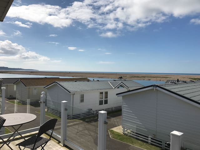 Chesil vista lodge *sea views*