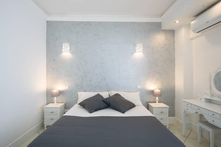 Deluxe room  Feviel