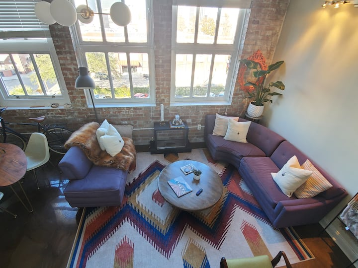 NOLA Charm & Central Mid Century Warehouse Loft