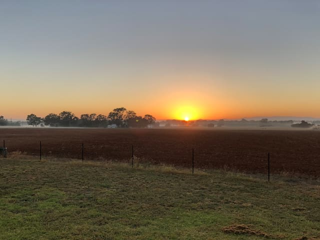 Gulgong has great sunrises for the keen photographer.