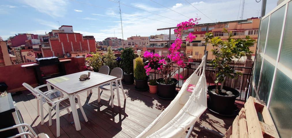 Cozy Apartment near MWC and stadium F.C.Barcelona