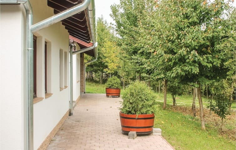 Holiday apartment with 1 bedroom on 27 m² UWZ253