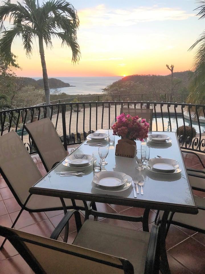 Villa Laguna - Stunning Ocean View