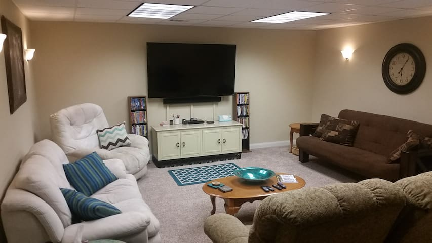 Fully furnished basement near UGA campus
