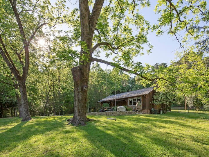 Quiet Country Getaway - Social Distancing in Style