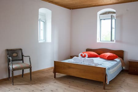 Traditional House kerameia-kampoi-{chania-Creta}
