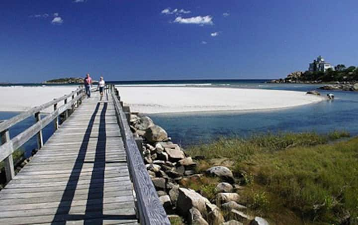Good Harbor Beach - Sandpiper Cottage