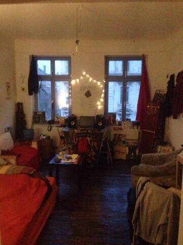Schöne Altbauwohnung im Leipziger Osten - Lipsia - Appartamento