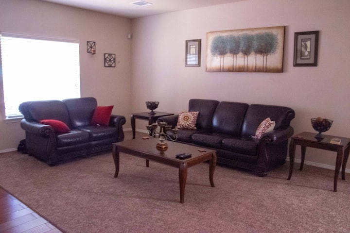 Beauty Clean Cozy El Paso Home By beautiful trails