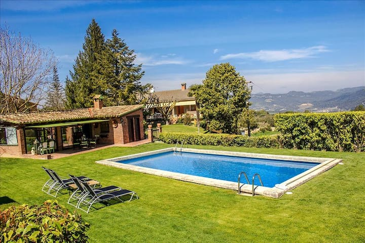Casa Capellades for 8 guests, with stunning views of Montserrat! - Barcelona Region - Villa