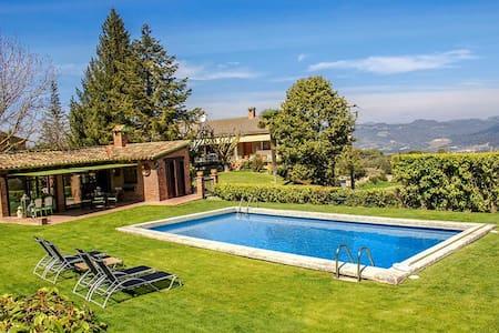 Casa Capellades for 8 guests, with stunning views of Montserrat! - Barcelona Region - Villa