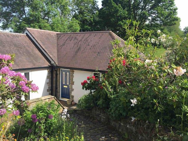 Hollys Cottage