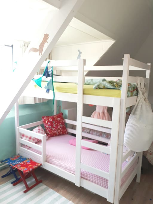 Toddlerdoublebed 160m long also babybed available.
