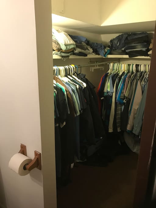 closet in bedroom