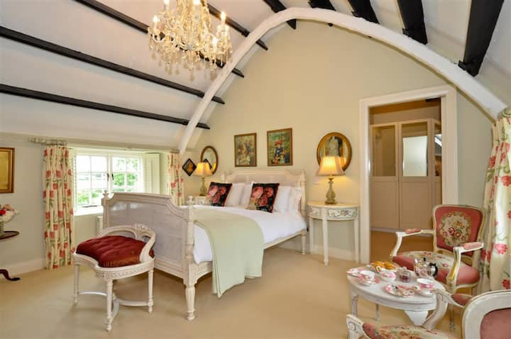 Superior King Room in Weir Haven