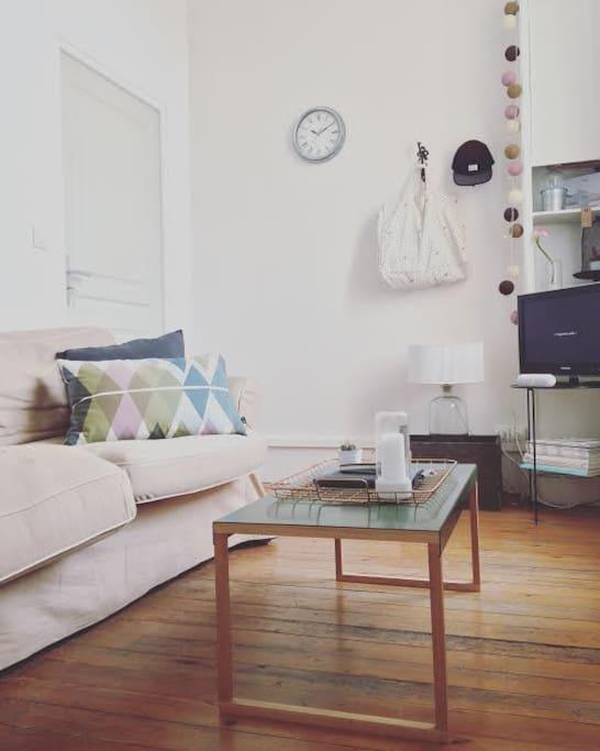 studio en hyper centre quartier st etienne appartements louer toulouse languedoc. Black Bedroom Furniture Sets. Home Design Ideas