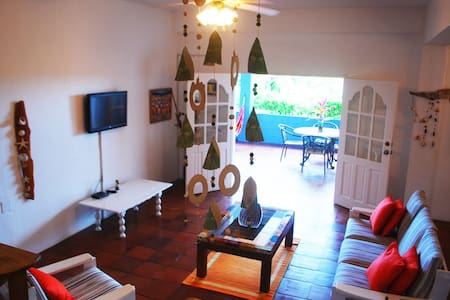 Bayview's Mid Deck, a Magical & Affordable Haven!