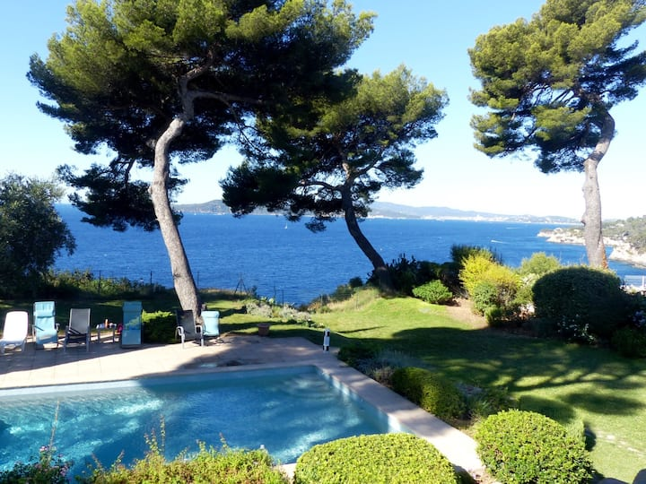 SEAVIEW VILLA in French Riviera with Heated Pool