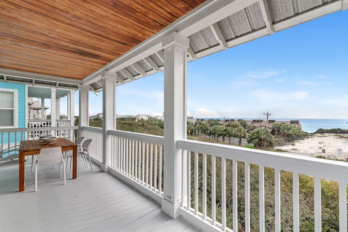 Private Beach + Pool/Hot Tub Access! Gulf View, Newly Furnished Smart Home