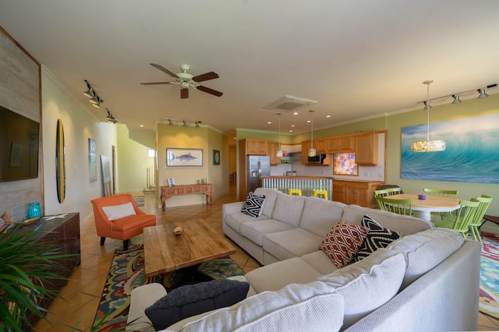 Spacious Gorgeous Newly Remodeled Ocean View Condo