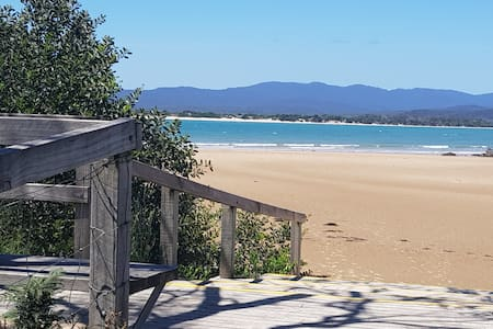 TWO BEDROOM UNIT - Hawley Beachside Accommodation