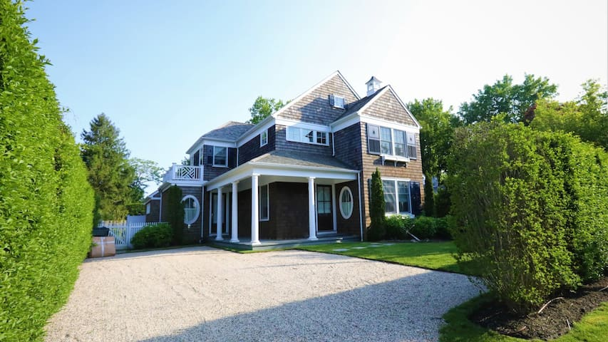 New Listing: Bright Post-Modern Design with Contemporary Luxuries, Heated Pool, Pool House, Walk to Town