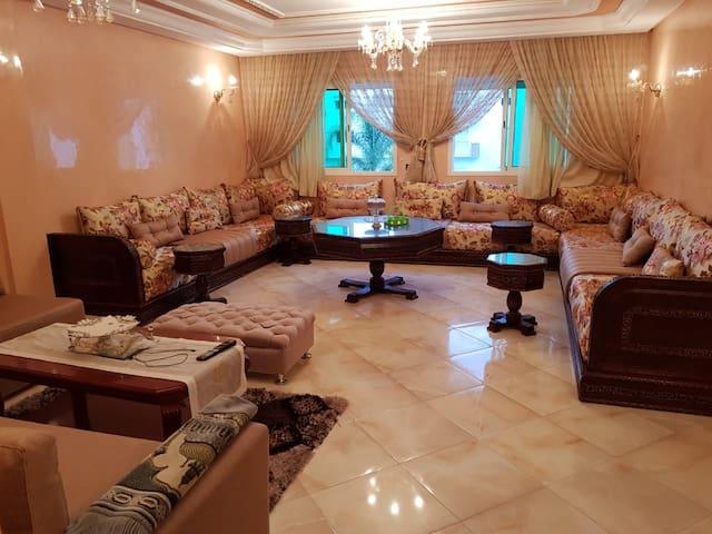 Appartement calme et unique au coeur de Harhoura