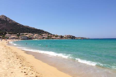 Nido sul mare della Corsica - Algajola - 公寓