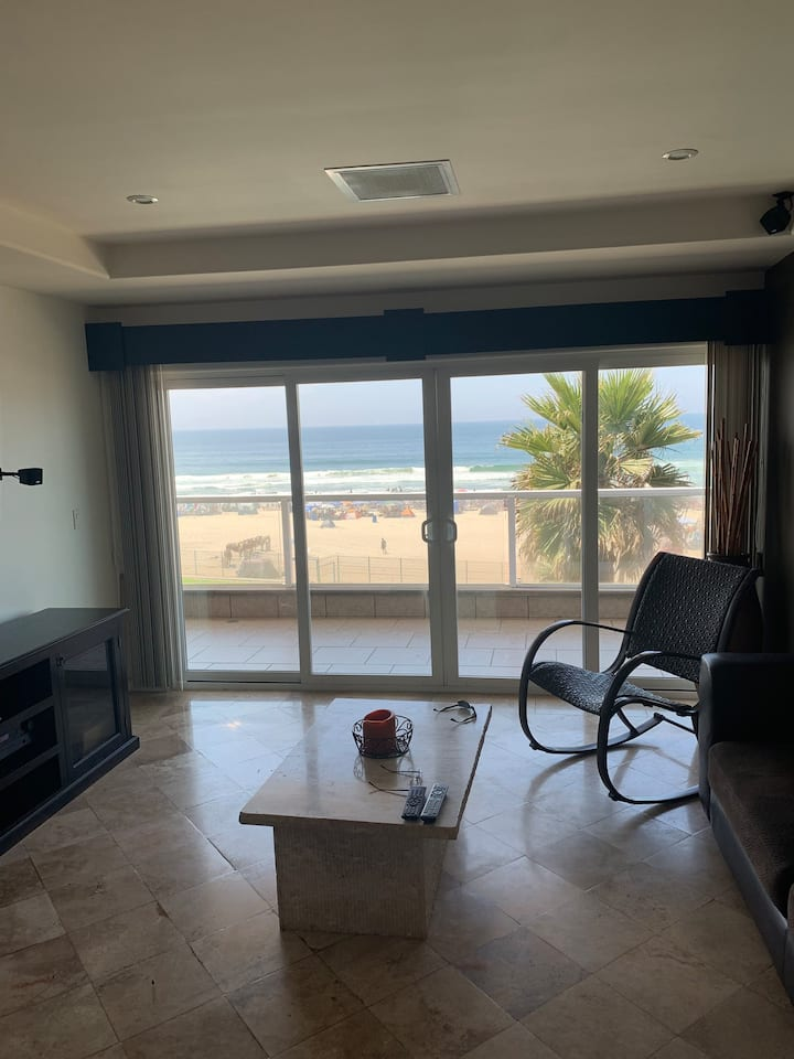 Beautiful Beachfront Condo in downtown Rosarito