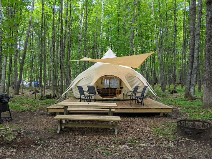 POV Resort Campgrounds - Luxury Tent #10 (Yurt)