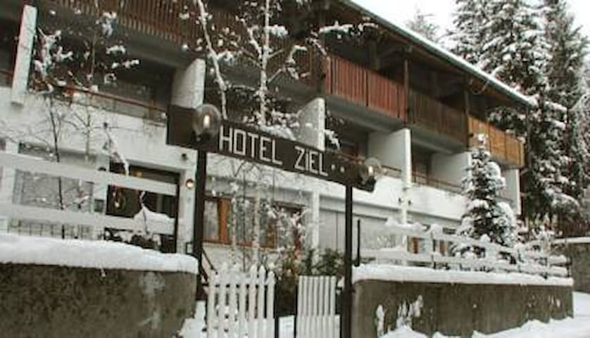 B&B Hotel Ziel - Bardonecchia - Bed & Breakfast