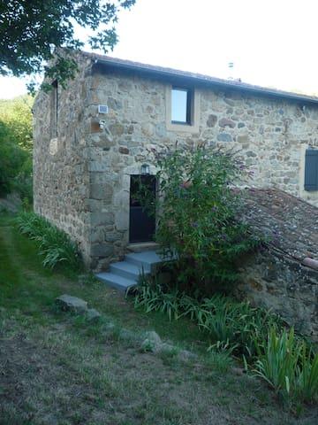 """Chambre d'hôtes """"Ailleurs Land"""" in Ardèche-verte"""