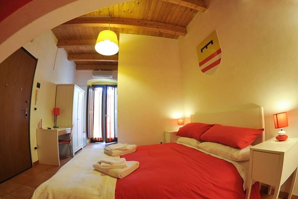 Tra castello federiciano e cattedrale mariana case in for Appartamenti arredati in affitto barletta