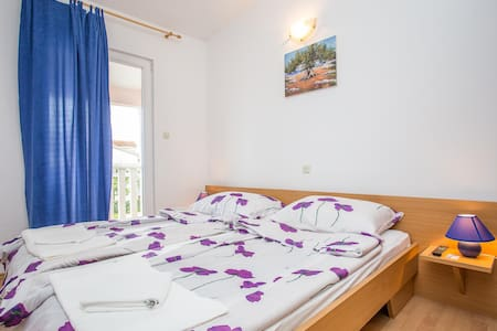 Apartments Pave / One bedroom A1 - Rogoznica - Lejlighed