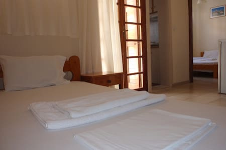 Three bed studio in the center of Mytilini - Mitilini - Apartamento